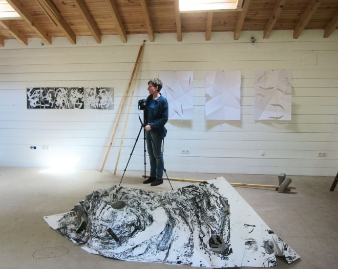 Artist Sarah Bahr in the studio during her residency at the LPE in the spring of 2013. Photo (c) Dominique Haim.