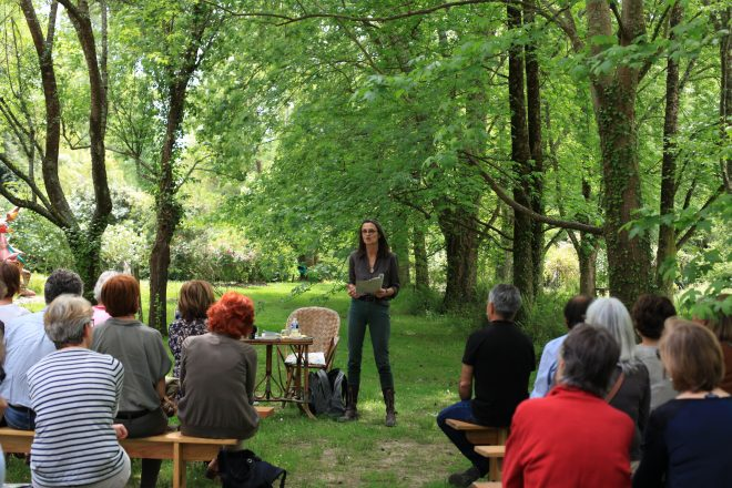 Lecture de Fabienne Raphoz, 28 mai 2016, La Petite Escalère. Photo Barbara Fecchio, 2016.